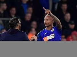 Deyverson vira notícia com gol na Europa, disputa com Gabi e isqueiro em campo. Goal