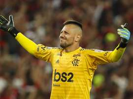 Decisivo na vitória do Flamengo, Diego Alves faz sua melhor exibição no Brasileirão