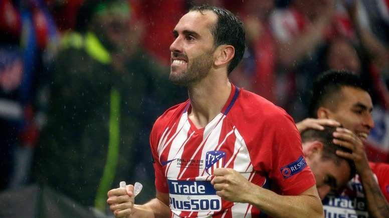Godin reste à l'Atlético Madrid. Goal