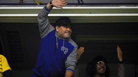 Com ajuda de hacker, Maradona encontra responsável por áudio falso sobre sua morte