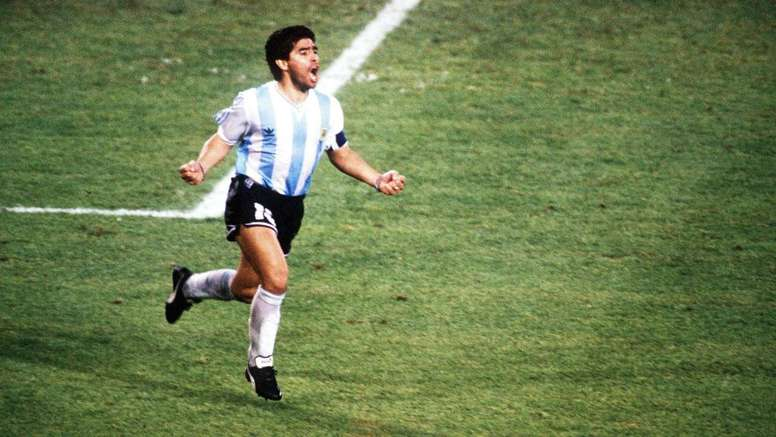 Hernan Crespo was in tears when remembering Diego Maradona. GOAL