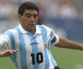 Cannavaro estime que Maradona est au-dessus de Messi. Goal