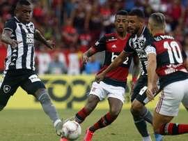 Há quanto tempo o Botafogo não vence o Flamengo