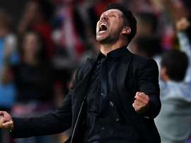 Simeone rouba cena após gol contra a Juventus. Goal