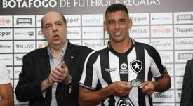 Diego Souza é apresentado no Botafogo. Goal