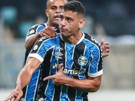Grêmio faz sua mágica com Diego Souza. AFP