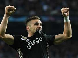 Dusan Tadic will now be at Ajax until 2023. GOAL