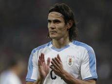 Marquinhos warned about Cavani. GOAL