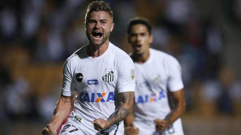 Copa Libertadores Review: Gabriel sent off as Sasha leads Santos