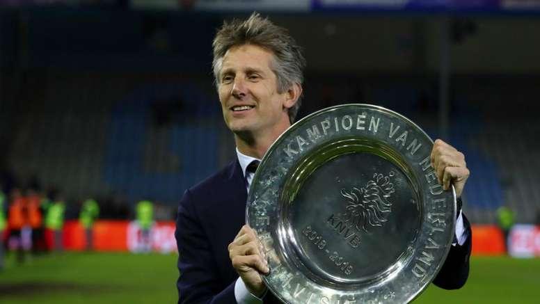 Van der Sar focused on Ajax amid continued Manchester United speculation