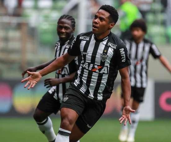 Representante de Elias cobra definição do Atlético-MG sobre futuro do atleta