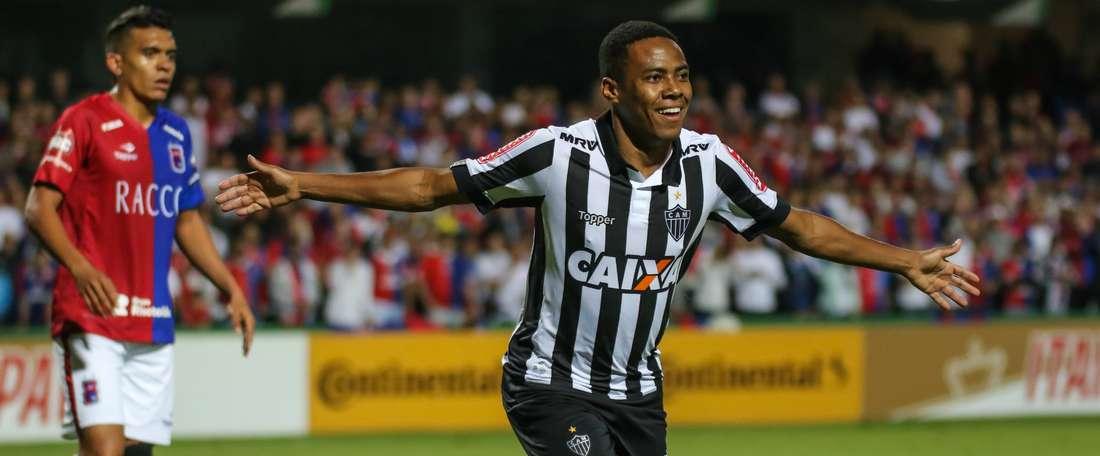 Atlético-MG passa sufoco, mas bate Atlético-GO de virada.Goal