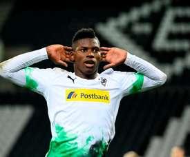 Embolo segna ed esulta 'ascoltando' i tifosi. Goal
