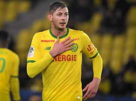 Sala rejoint la Premier League. Goal