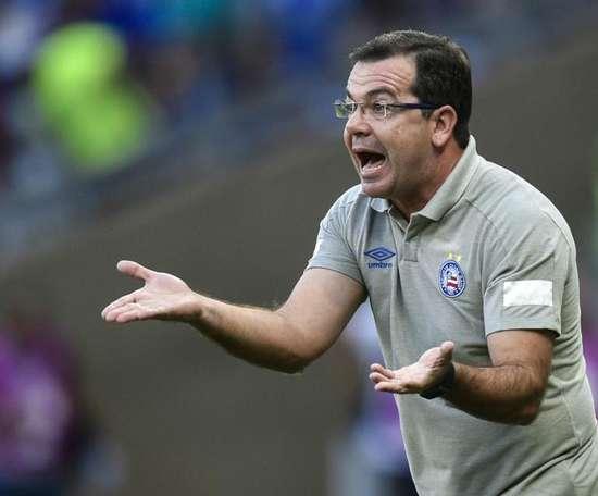 Enderson pede demissão e faz torcedores de Ceará e Cruzeiro brigarem por técnico. Goal