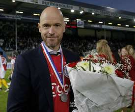 Ten Hag dedicates Ajax's title to 'Appie' Nouri.