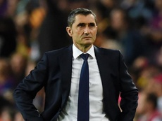 Valverde was not happy at the first hald display. GOAL