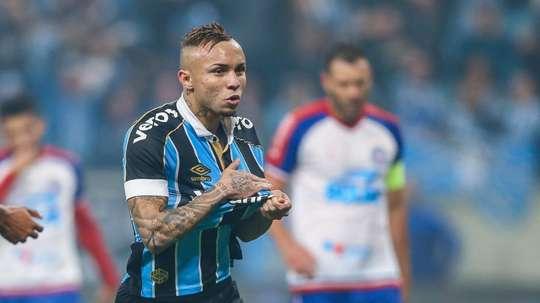 Renato quer Keno como substituto de Everton. Goal