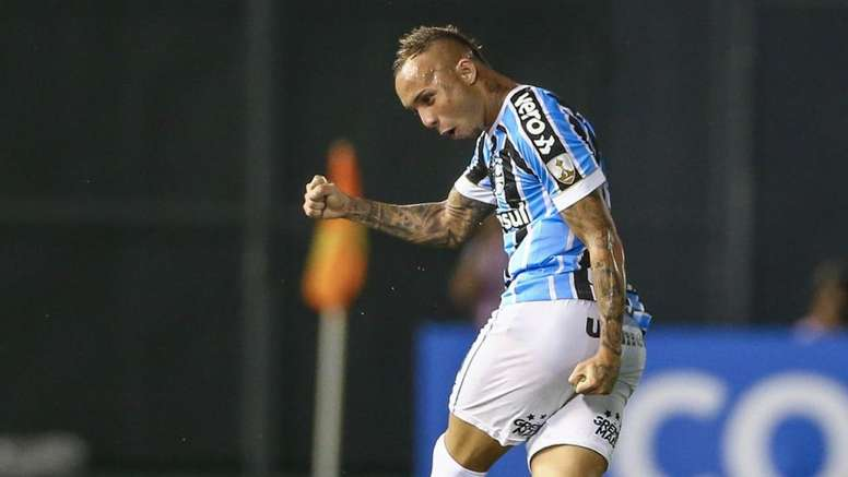 O Grêmio venceu o Libertad com golos de Everton. Goal