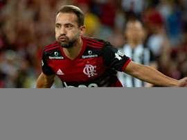 Everton Ribeiro desperta interesse do Al Nasr, dos Emirados Árabes. Goal