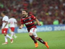 Bem antes da Copa, Everton Ribeiro deve manter o ritmo e pode se tornar principal jogador do Fla