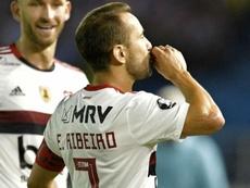 Contra o Junior, Everton Ribeiro tem sua noite mais goleadora com Jorge Jesus. AFP