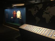 Exposição interativa do Santander explora a diversidade da Champions. Goal