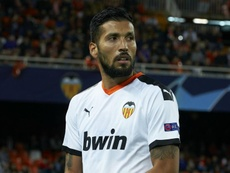 Valencia's Garay expected to miss rest of the season after ACL surgery. AFP