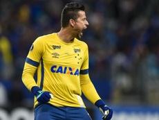 Fábio salva o Cruzeiro no dia em que entrou para a história ao lado de Ceni.