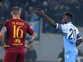 Roma eliminata dalla Champions League: Caicedo se la ride su Twitter