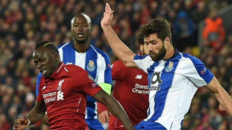 Prováveis onzes de FC Porto e Liverpool. Goal