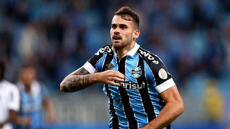 Vizeu desfalca Grêmio por dois meses, e torcida se desespera