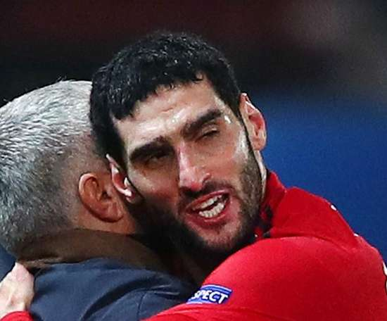 Fellaini thinks United should have shown more patience with Mourinho. GOAL