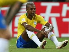 Fernandinho, mais pressionado que Tite na Seleção