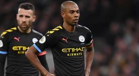 Fernandinho warns City over top 4