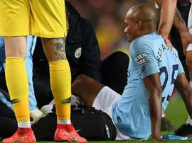 Fernandinho to have scan on knee injury.