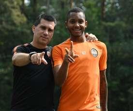 Fernando tem início promissor no Shakhtar Donetsk. Goal