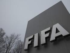 Emergenza Coronavirus, la FIFA al lavoro: possibile estensione dei contratti