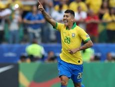 Brasil não chuta mais como pediu Tite, mas melhora a pontaria.