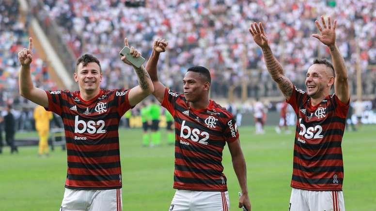 Flamengo add league to Copa crown