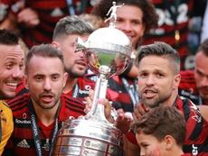 Diego sente aroma de Libertadores. Goal