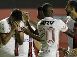 Vitória 2 x 2 Flamengo: Fla tem expulsão injusta, mas consegue empate com Vitória em estreia