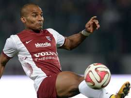 Confusion over Malouda's Zurich job. GOAL