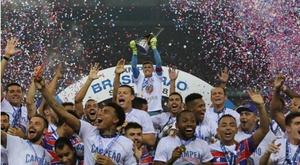 Brasileirão de A a D: quem subiu, desceu e comemorou os títulos