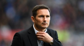Frank Lampard seems destined to join up at Chelsea. GOAL