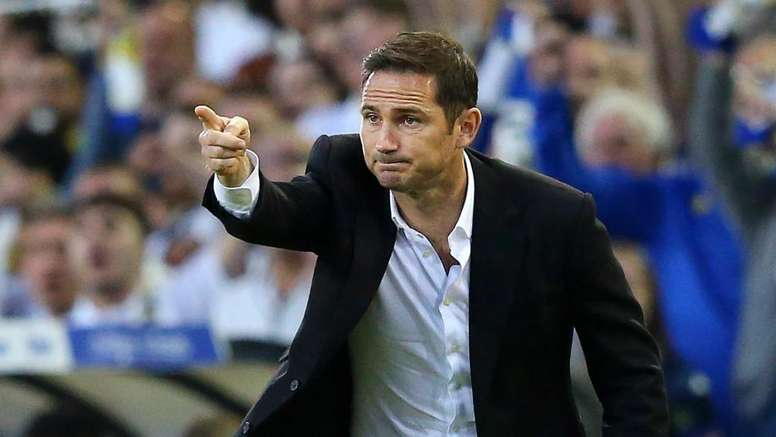 Lampard plays down large presence of ex-Chelsea players in coaching staff. GOAL