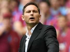 Lampard no Chelsea é só pelo nome ou ele já mostrou serviço como técnico?