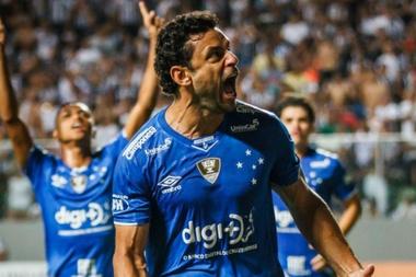 Campeão e invicto, Cruzeiro amplia abismo para o Atlético-MG em 2019.