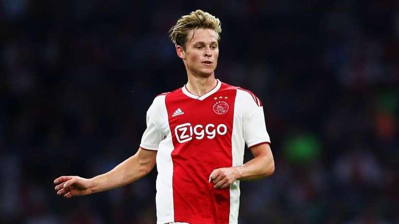 Frenkie De Jong dément. Goal