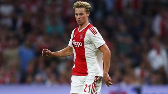 De Jong is keen to sort his future quickly, so he can focus on football. GOAL